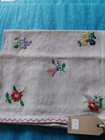 Hungarian Linen Small Floral Embroidered Place Mat – 45cm – 53cm