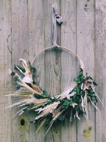 Bonni Eden – Whites & Star Bamboo Wreath