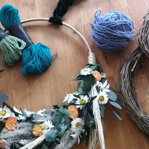 Read more about the article Summer Wreath Workshop